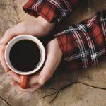 コーヒーを飲み過ぎて体調が悪い時は、いったいどうしたらいいの??吐き気、頭痛、眠れないといった症状が起きる理由と有効な対処方法とは?